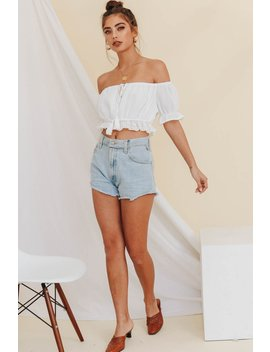 3c63b0190cd915 Shoptagr | Ticket To L.A Off Shoulder Frill Top // White by Vergegirl