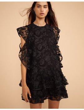 8b2eb4f8b9 CYNTHIA ROWLEY. Madison Floral Lace Flutter Sleeve Dress