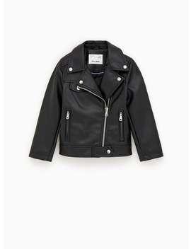 magasin en ligne b4f52 a6651 Shoptagr | Blouson En Simili Cuir Hautssoldes Filles by Zara