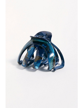 large-bubble-claw by free-people