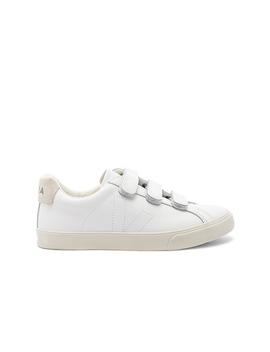 3 Lock Sneaker by Veja