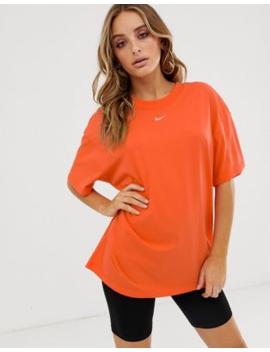 Nike   Oranje Boyfriend T Shirt by Nike