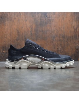 Shoptagr | Adidas Raf Simons Men Detroit Runner (Black