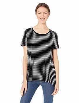 Amazon Essentials Women's Short Sleeve Scoopneck Swing Tee by Amazon Essentials