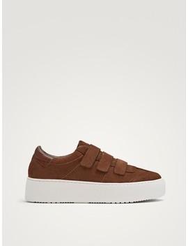 cheap for discount b8838 c3bc0 Shoptagr | Sneaker Aus Rauleder Mit Klettverschluss by ...