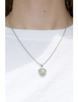 silver-heart-necklace by brandy-melville
