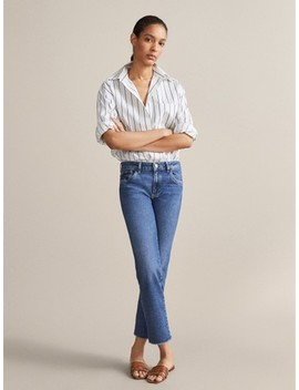 Cropped Slim Fit Jeans Mit Rissen by Massimo Dutti