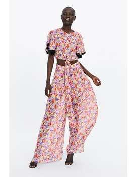 12147e46e24 Shoptagr | Printed Wide Leg Pants Palazzo Pants Woman by Zara